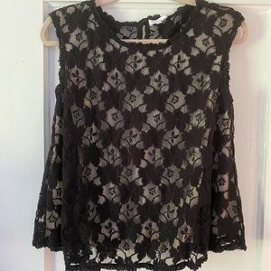 2/$30 Wilfred short sleeve lace top